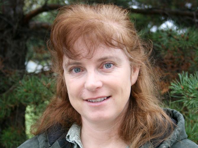 Reneé Dewell